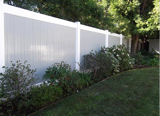 two tone vinyl pvc fence Newport Beach ca